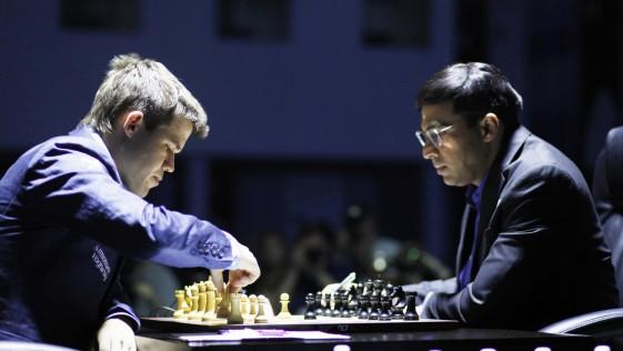Gran victoria de Carlsen en el Mundial: 1-0