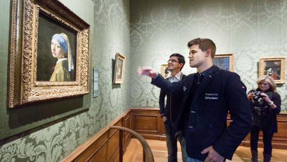 Carlsen y Giri, los jóvenes de la perla