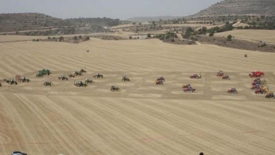 Ajedrez con tractores: la partida más grande
