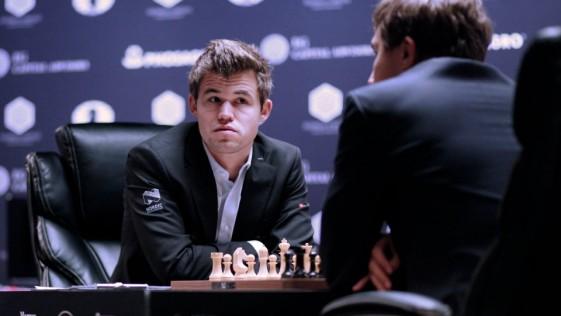 Carlsen y Karjakin, al borde de un ataque de nervios