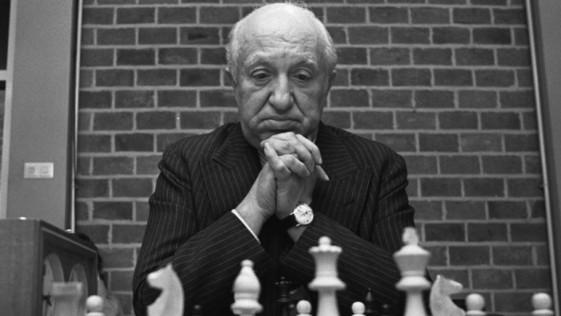 Concurso y homenaje a Najdorf: ¿cuánto sabes de ajedrez?