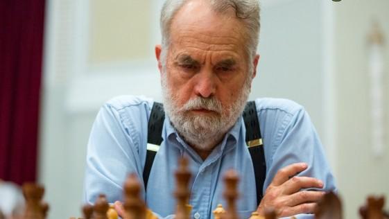 Un jubilado gana a Kramnik, número 3 del mundo