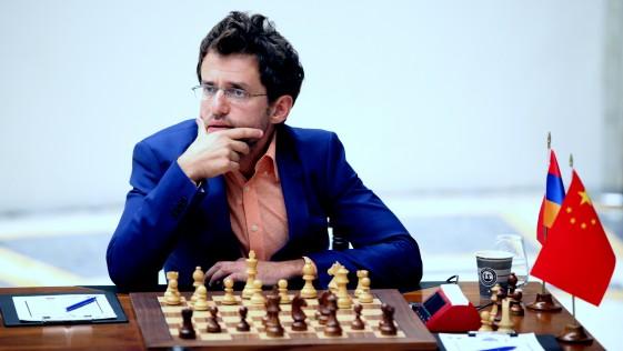 Levon Aronian fulmina a Ding Liren en la Copa del Mundo