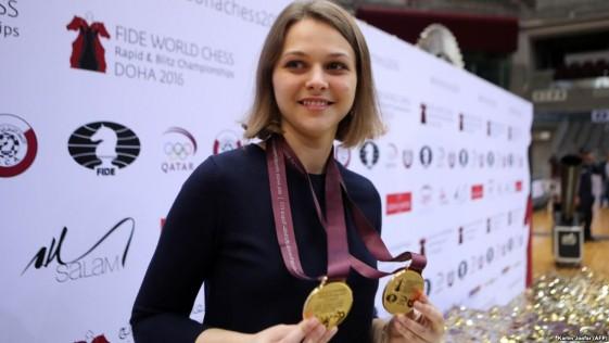Anna Muzychuk, doble campeona mundial, renuncia a defender sus títulos en Arabia Saudí