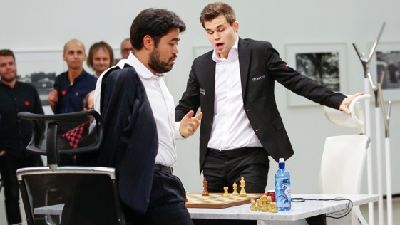 Carlsen doma a Fischer y a Nakamura