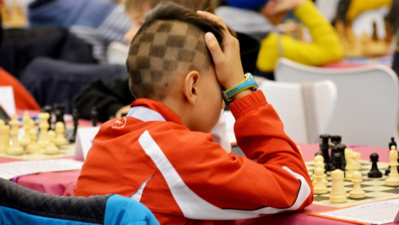 Nubes y claros en el ajedrez infantil