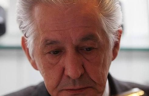 Miguel Loya, la sala asturiana se queda huérfana