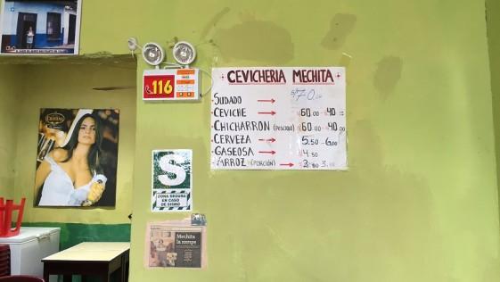 Sesión de cocina callejera en El Callao (Perú)