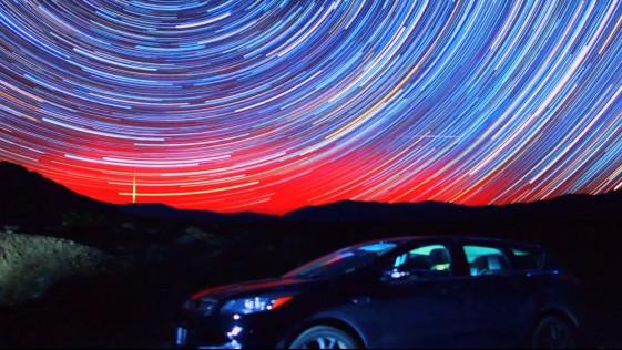 La más bella «caravana» de estrellas en el Valle de la Muerte