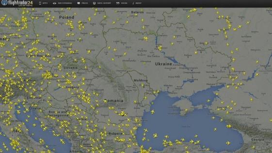 Por qué un avión comercial vuela sobre una zona de guerra