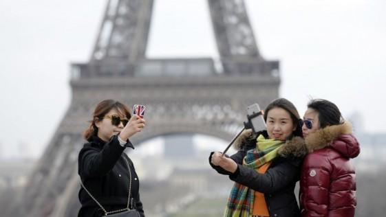 El hombre que inventó el «palo selfie»