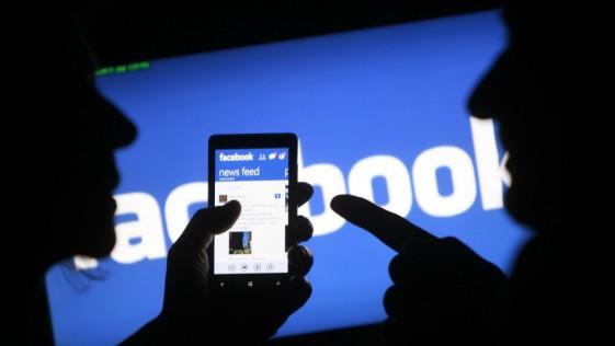 Facebook deja fuera del muro a las empresas