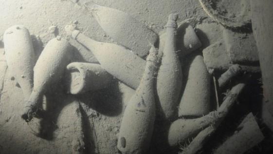 Licores procedentes de naufragios: ¿Botellas o arqueología?